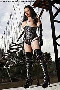 4° foto di Lady Black Beauty Mistress trans